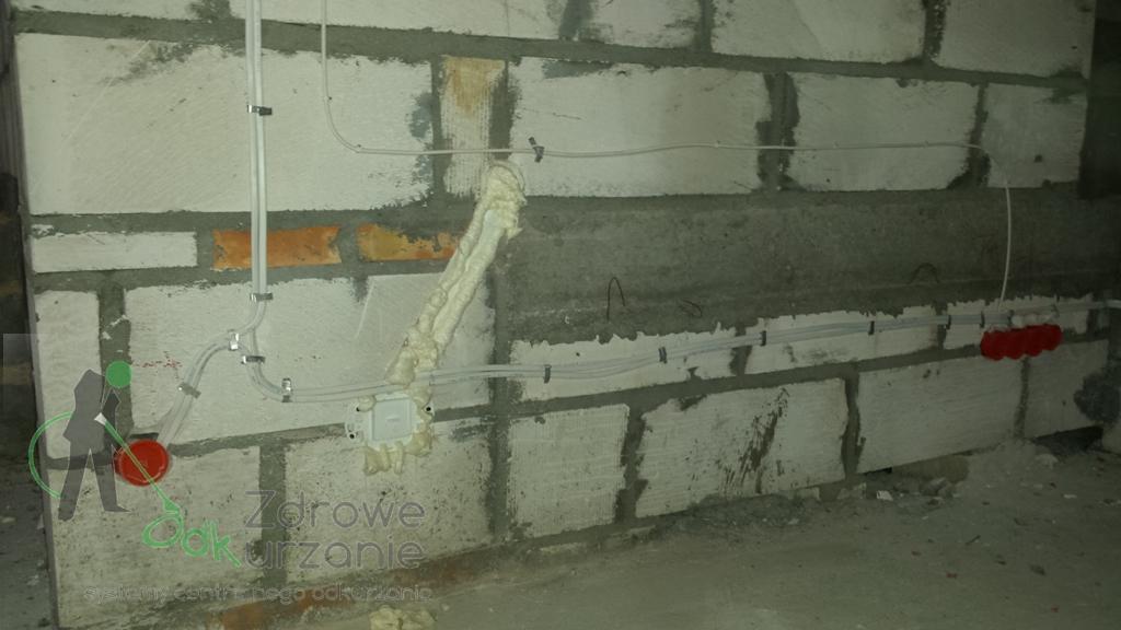 Zdjęcia zrealizowanej inwestycji w Smażynie. Instalacja centralnego odkurzacza. Odkurzacze-Centralne.org